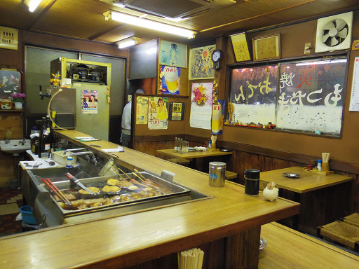 https://tabelog.ssl.k-img.com/restaurant/images/Rvw/17110/17110787.jpg