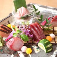 様々な漁港より集まる新鮮な魚介は味わいが違います!