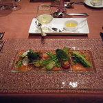 ボナキュー - 信州サーモンの自家製マリネ 春野菜を添えて安曇野産山葵のゼリーとともに