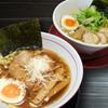 博多商店 - 料理写真:中華そば(醤油)・とりそば(塩味)