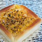 タクパン - 料理写真:焦がしコーンバター