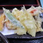 高松屋 - 天トロロの天ぷら 豪華ですね
