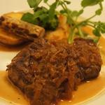 ビストロ コティディアン - 牛ハラミのステーキ オニオンヴィネガーソース