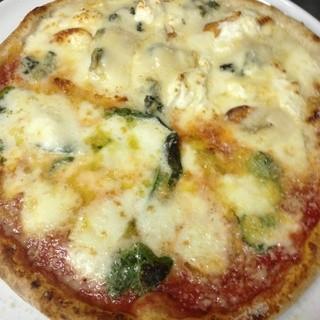 ランチ&ディナー共に営業しております。イタリア野菜や国産魚介のお料理をご賞味ください!