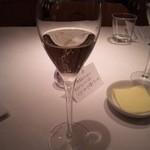 ワインバー&レストラン ブルディガラ - ☆スパークリングワインとメッセージカードと美味しいバター☆