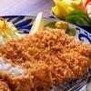沖縄とんかつ食堂しまぶた屋 - 料理写真:サクサクの自家製粗挽きパン粉と脂身の甘さが極立つやんばる島豚あぐーの絶品ロースカツ
