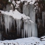 道の駅 大滝温泉 郷路館 - おまけ:三十槌の氷柱(積雪バージョン)