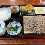 道の駅 大滝温泉 郷路館 - 参考他の料理:ざるそば御膳(1,000円)