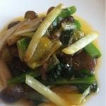 17387941 - 菜の花と自家製腸詰の炒め