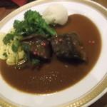 奥の掌 - 牛ほほ肉の赤ワイン煮 1,000円