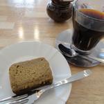 マウント・バーノンの風 - マンデリン+パウンドケーキ