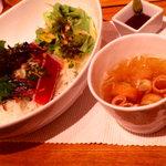 横濱茶房 つくしんぼ - 鮪ステーキと黒胡麻ネギ丼