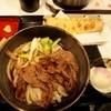 うだま - 料理写真:温玉和牛肉ぶっかけ + ちくわ天