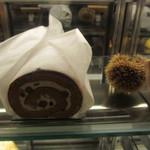 パティスリー 麓 - 栗ロールケーキ・・購入しなかって後悔・・。