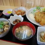 海賊亭 - カキづくし定食