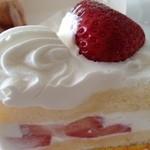 17470126 - あまおうイチゴのショートケーキ \525