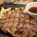 ステーキガスト - 料理写真:熟成ロースステーキ 150g \1.000