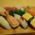 暫寿司 - にぎり定食630円