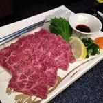 肉匠迎賓館 - レアステーキたたき風980円