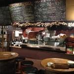 オブラ - ワイン樽の席も楽しめます!