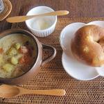 空猫カフェ - スープとベーグルセット