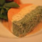 ラターシュ - ホタテ貝とカニの3色テリーヌ のアップ