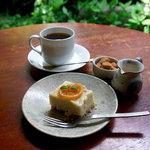 手ぬぐいカフェ 一花屋 - 酒粕レモンケーキ