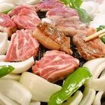ゆきだるま中野部屋 - 料理写真:ジンギスカン一人前セット(肉+野菜)野菜も付いてこのボリューム!本場の味を思う存分堪能しよう!タレor塩をお好みで★