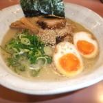 麺家 八兵衛 - 料理写真:とんこつ醤油ラーメン