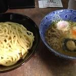 六厘舎 - つけめん(850円)+豚ほぐし(150円)