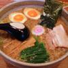 うさぎ家 - 料理写真:うさぎや(ら~めん650円+半熟味付玉子50円)