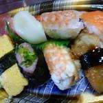 小僧寿し - 料理写真: