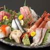 寿司処かぐら - 料理写真:魚河岸盛2人前その日のおすすめネタ8種入り