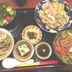沖縄ダイニング 海とぅ島 - 美らか〜ぎ〜御膳
