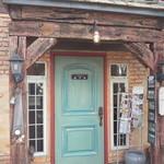 cafe KO-BA - 店の入り口。雰囲気あります