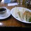 まじょりか - 料理写真:ホットコーヒーとツナサンド。
