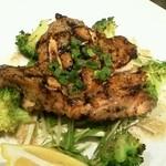 トロケ - 大山鶏モモ肉のグリエ