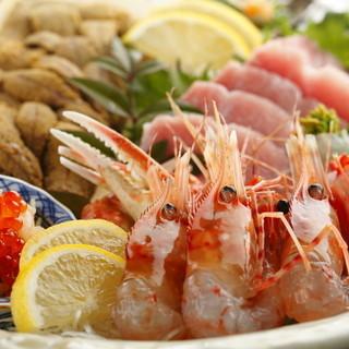 市場食堂 さかなや - 料理写真:仲買人直営店ならではの新鮮な魚介『刺盛り』