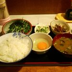 庵 - まぐろ納豆定食