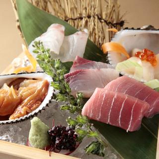 長崎県五島列島直送の鮮魚と厳撰したお魚をご提供いたします。