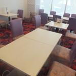 ハーベストガーデン - テーブル席♪