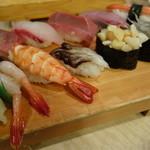 築地ビッグ寿司 - おまかせにぎり
