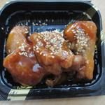 いっぽん - 甘酢鶏300円、美味しい唐揚げに甘酢を絡ませて御飯にぴったりの商品に仕上げてあります。