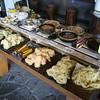 松屋 - 料理写真:うどんとバイキング60分・・・野菜を主とした惣菜 自家製カレーライス サラダ 果物、土日曜のみチョコレート、 コーナー カフェコーナー 付
