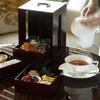 ザ パレス ラウンジ - 料理写真:重箱で提供するオリジナルアフタヌーンティーセット イメージ