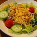 アングル - セットのサラダ