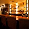 ランコントル - 内観写真:ウイスキーやブランデーも充実のカウンター