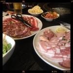 肉の町 - 食べ飲み放題 セットメニュー
