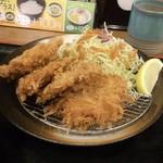 チキン亭 - ひれかつ定食690円