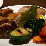 ピッツェリア パージナ - 7)鶏肉と野菜のグリル